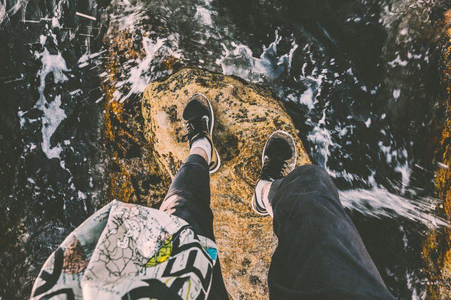rock-1082009_1920pixa-cliff